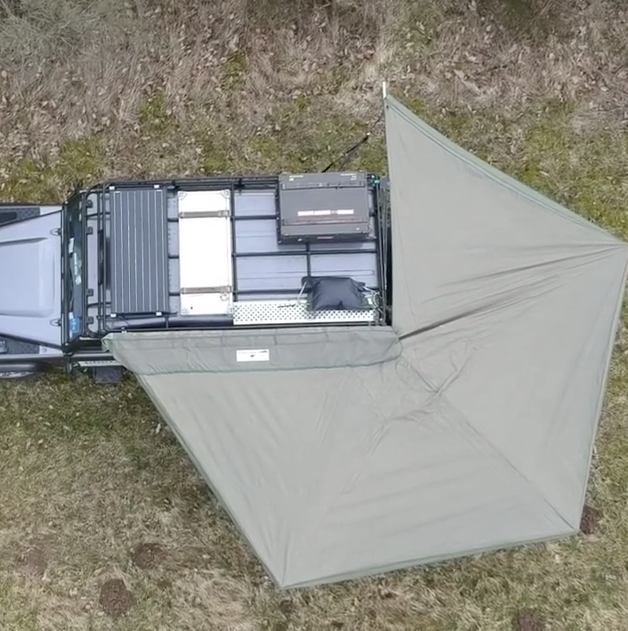 Landrover Defender with awning